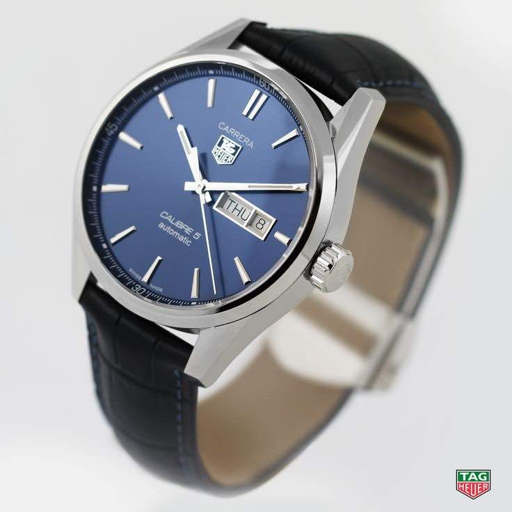 Tag heuer carrera calibre 5 con quadrante blue